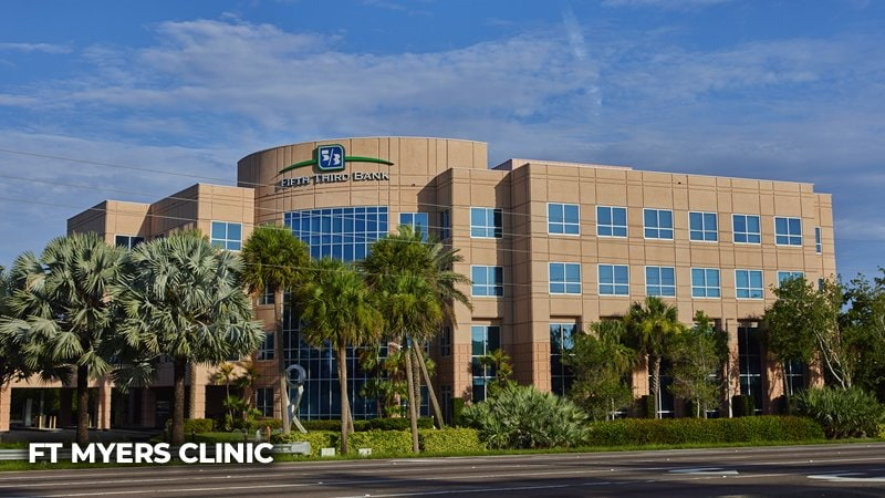 ft meyers spine surgery clinic